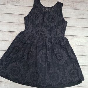 3️⃣/$🔟❗ Alter'd State lace dress